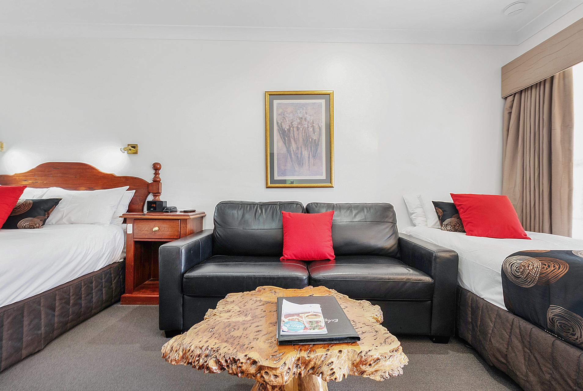 Family Suite Double Sofa