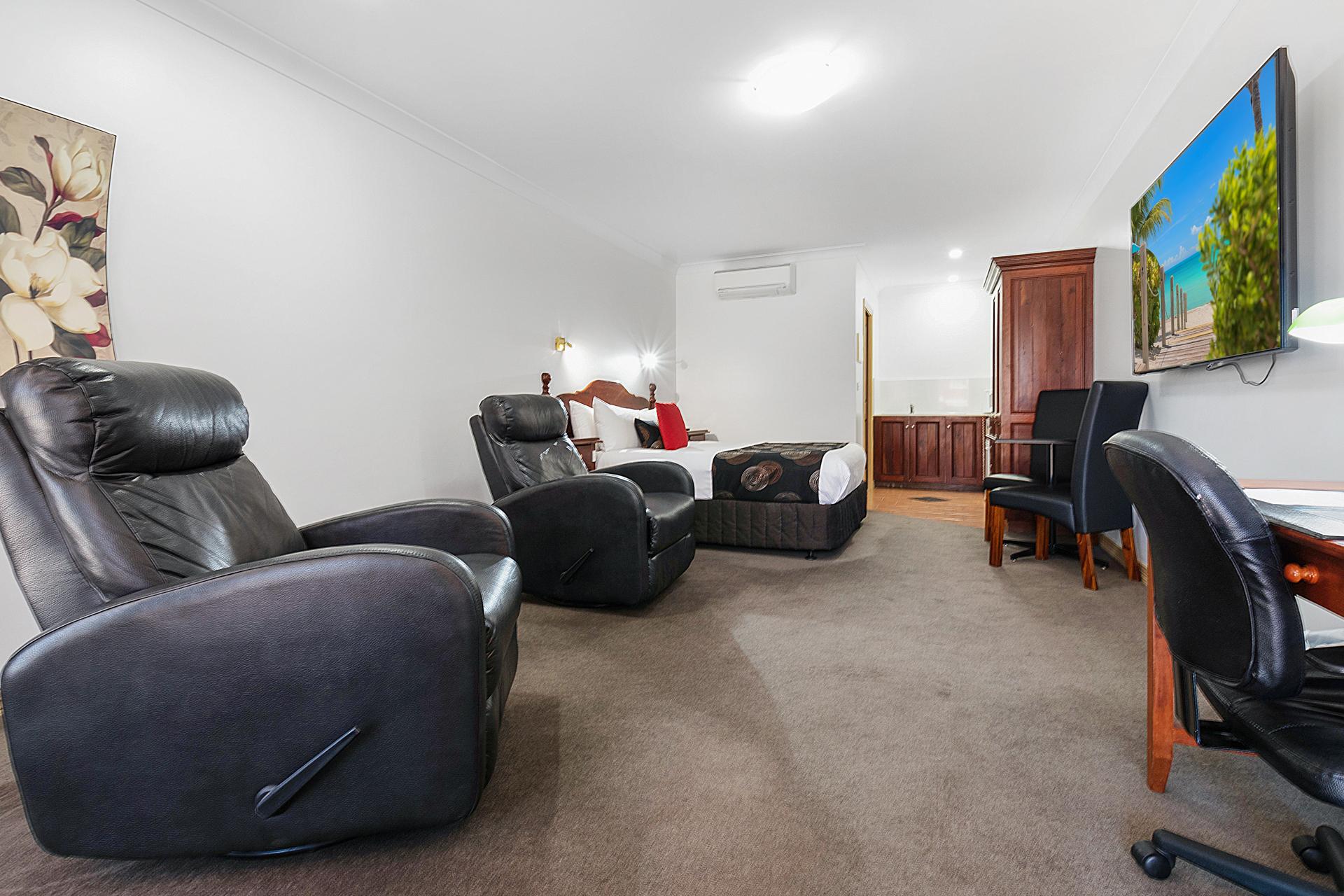 Queen Suite Sofas